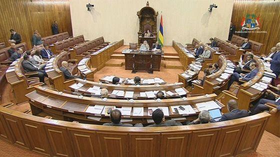 Parlement : reprise des débats sur la motion privée de Ganoo