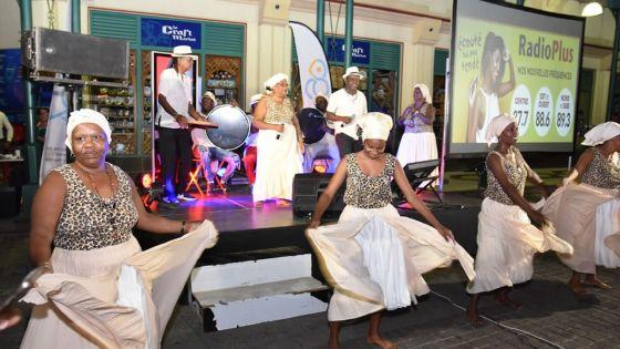 Karaoké : la finale démarre avec le sega tambour des Chagos