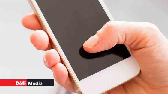 Non-respect des gestes barrières : la police demande d'envoyer les photos sur le 59408999