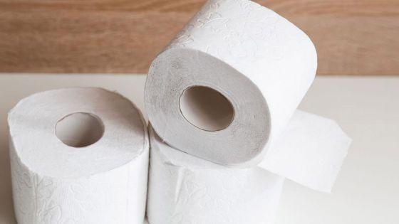 Coronavirus : trois hommes armés braquent un livreur de papier toilette à Hong Kong
