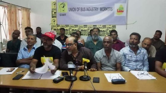 Metro Express : «les travailleurs des compagnies d'autobus voteront pour une action syndicale», annonce Ashok Subron