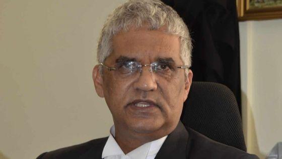 Opérations crack-down du PIO pour traquer des clandestins : Me Rama Valayden alerte la Human Rights Commission