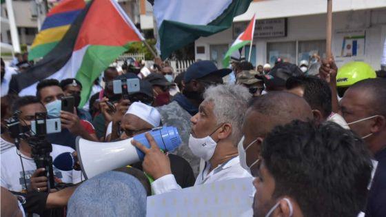 Conflit israélo-palestinien : rassemblement de soutien à la Palestine organisé par le GREA à Port-Louis