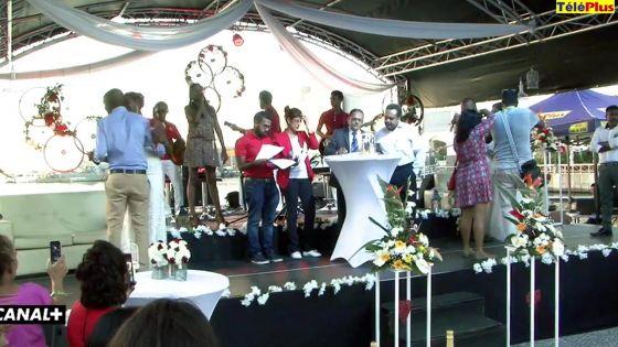 Célébration de deux mariages au Port-Louis Waterfront