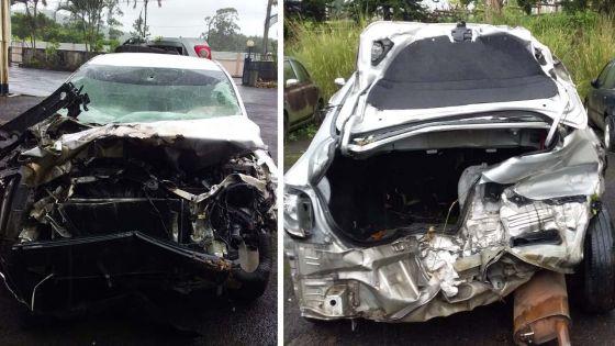 Une voiture réduite en amas de ferraille à Curepipe, le chauffeur épargné