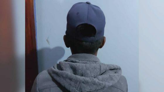 Un jeune de 19 ans victime de chantage sexuel : son patron âgé de 56 ans le filmaità son insu sur le portable de la famille