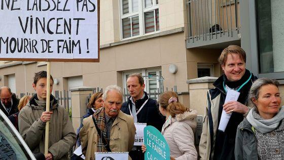 France : fin de vie prévue pour un patient en état végétatif, dans un climat passionnel