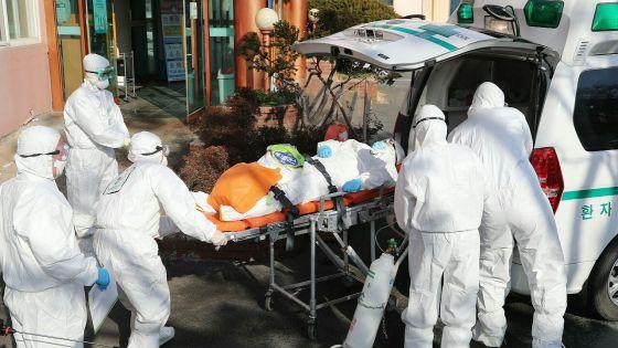 Corée du Sud : le nombre de cas de coronavirus dépasse les 2 000