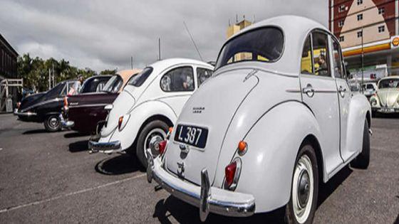 Exposition de voitures vintage & classiques et collecte de vivres pour l'ONG Quatre tilapat