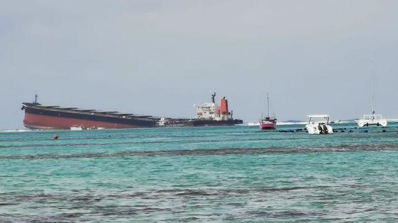 Naufrage du Wakashio : 100 000 litres d'hydrocarbures dilués pompés du lagon depuis ce matin, selon Ken Arian