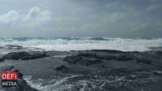 Rodrigues : un avis de fortes houles en vigueur