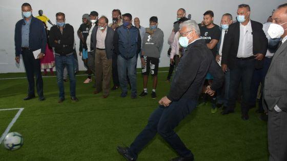[En images] Pravind Jugnauth en mode footballeur à Moka