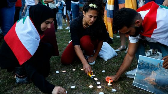 Le Liban meurtri compte ses morts et accueille le président Macron