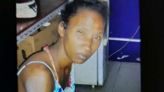 Sadally, Vacoas : une dame de 74 ans meurt après avoir subi de multiples blessures, une femme de 34 ans arrêtée