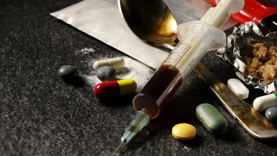 Drogues synthétiques : «Il faut venir avec une Synthetic Substances Act», dit le DCP Bhojoo