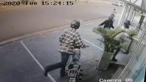 Pailles : braquage au showroom de Sofap ; les suspects filmés