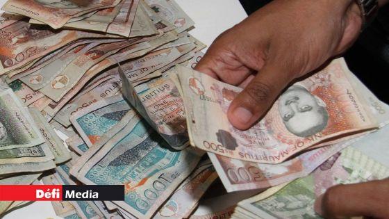 Les entreprises qui bénéficient du Wage Assistance Scheme doivent payer le boni de fin d'année, affirme le ministre Callichurn