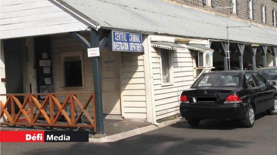 Voiture rouge dans l'affaire Kistnen : un conseiller du PMO porte plainte au CCID