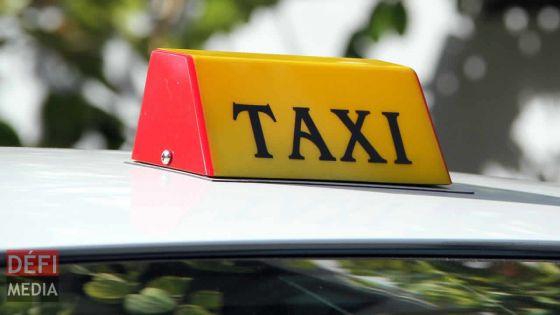 Taxi service : deux plateformes de réservation de taxis cashless en phase d'essai