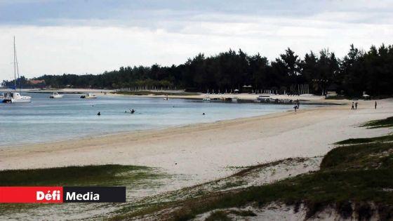 Belle-Mare : deux hommes se sont retrouvés en difficulté dans le lagon, l'un d'eux porté manquant