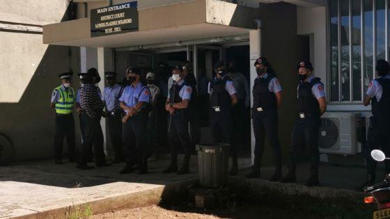 Assassinat de Manan Fakhoo : comparution des suspects sous forte présence policière