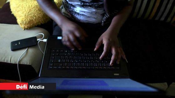 Education : quand les cours en ligne donnent du fil à retordre