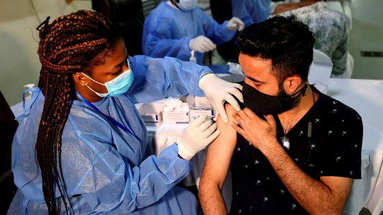 Indicateurs : les Émirats arabes unis, pays le plus vacciné au monde