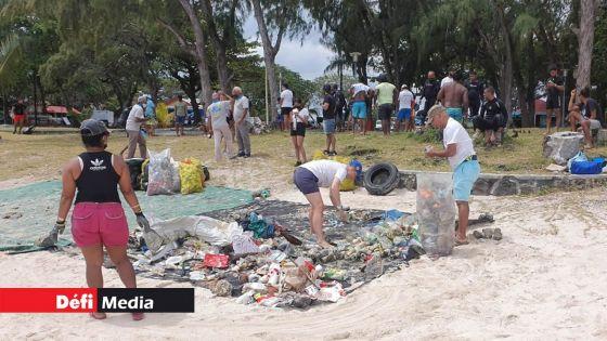 World Clean Up Day : 110 kg de déchets collectés à Blue-Bay