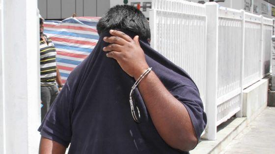 En liberté conditionnelle: Un escroc continue à faire des victimes