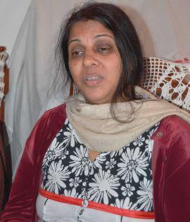 Un arbre s'effondre sur une voiture et tue Kamlesh - Babita, la mère: «J'ai perdu mon trésor»