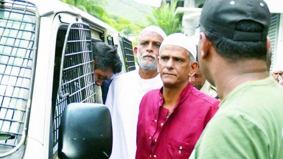 Affaire L'Amicale: les avocats des 4 condamnés plaident pour une libération avant 2019