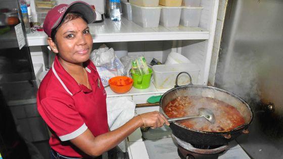Fiya Deeren, cuisinière: Plus de 10 heures par jour aux fourneaux