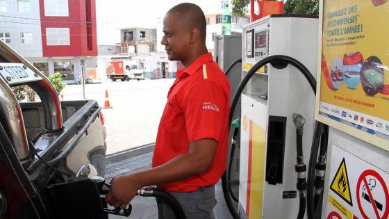 Carburant: ces entreprises qui profitent  de la baisse des prix