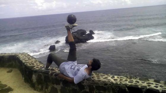 Tarun Chadee: pour l'amour du freestyle football