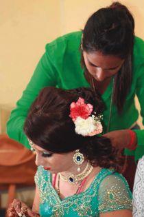 Isha, coiffeuse et esthéticienne: la beauté à domicile