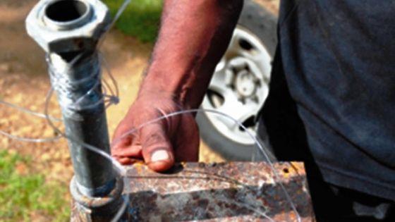 Culture de gandia: des policiers blessés par balle au 'chassé' Etwaroo