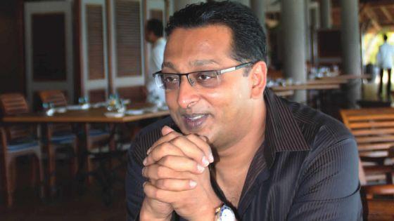 Je kiffe... par Roshi Bhadain