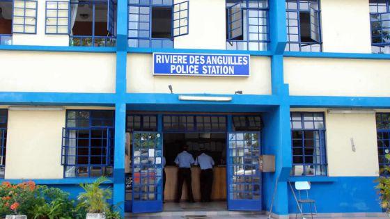 Rivière-des-Anguilles : cinq individus arrêtés avec des armes