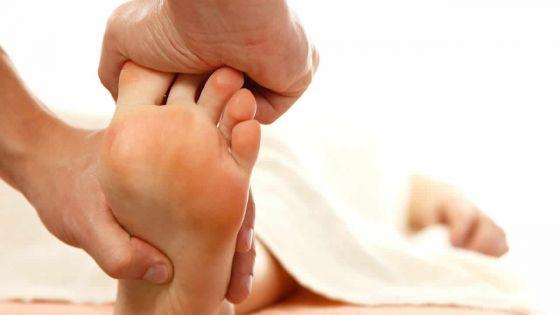 Réflexologie: soigner le corps à travers les pieds
