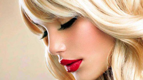 Trois gestes: Pour illuminer votre look