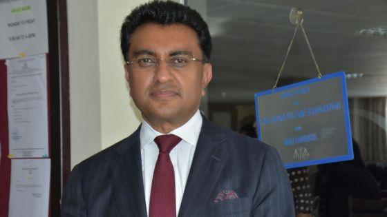 Bar Council : Me Yatin Varma élu président, dit vouloir « défendre farouchement l'indépendance du barreau »