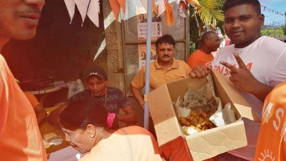 Petite pause «gato piment» pour des activistes