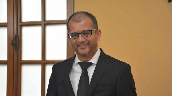 Transfert de Rs 18 milliards des réserves de la BoM - Joomaye : «Xavier-Luc Duval veut semer la confusion»