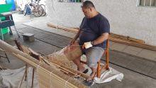Mukesh Sanjay Beedasee : spécialiste dans la fabrication de stores vénitiens (blinds)