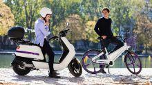 Motos et bicyclettes électriques : le port obligatoire du casque à l'étude