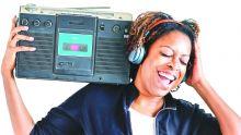 Étude sur les médias : les Mauriciens plus nombreux à écouter la radio à la maison