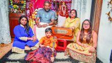Cours à Belle-Rose : quand la musique carnatique concilie les générations
