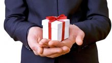 Période de fin d'année : forte demande pourles cadeaux d'affaires