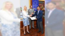 The EU signs new grants in support of Mauritius climate action