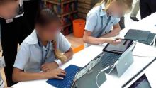 Langues asiatiques au primaire : évaluation du contenudes tablettes en cours